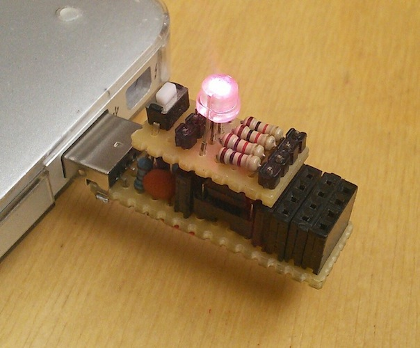attiny-usb-stick-LED.jpg